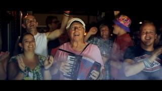 """""""Blijven Hangen"""" - Muziekclip YouTube"""